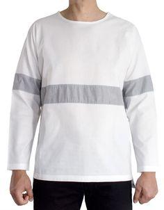 Kimono sleeves shirt. Thick cotton fabric, loose fit, no shoulder seams.