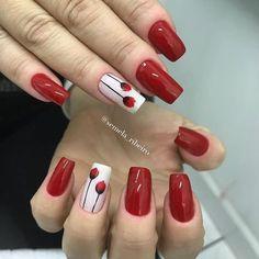 As unhas decoradas são adoradas por todas as mulheres, não importando seu estilo ou idade. Quando são convidadas para um evento à noite as mulheres buscam tudo que é necessário para arrasar na ocasião, sendo que as unhas decoradas sempre estão presentes nesses visuais. Para quem está em busca de uma unha decorada perfeita para… Acrylic Nail Shapes, Best Acrylic Nails, Cherry Nails, Red Nails, Gelish Nails, Nail Manicure, Nail Polish Style, Nail Selection, Spring Nail Art