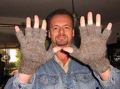 Fingerfrei Handschuhe im 2er Set, Alpakawolle  2 Paar warme #Handschuhe aus echter #Alpakawolle gestrickt. Ideal für den #Winter oder Herbst, wenn Sie mit den Handschuhen arbeiten müssen.