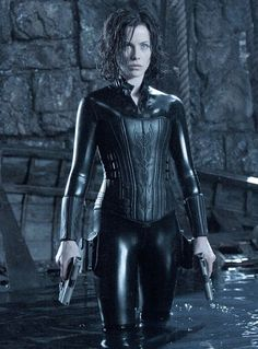 Art Special Section Underworld Kate Beckinsale Classic Movie Poster Print A0 A1 A2 A3 A4 Maxi