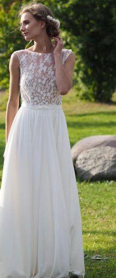 gefunden bei HAPPY BRAUTMODEN         Brautkleid Hochzeitskleid Vintage Boho romantisch Lilurose fließender Rock Spitze