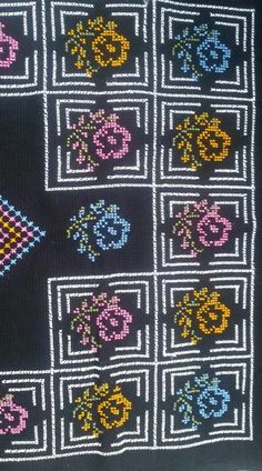 This Pin was discovered by Yas Cross Stitch Flowers, Cross Stitch Patterns, Diy And Crafts, Embroidery, Crochet, Crossstitch, Stitch Patterns, Cross Stitch Embroidery, Towels