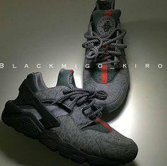1090fa1549 Nike air huarache custom. naomi ruiz · Nikes huaraches