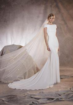 PRONOVIAS AGUA Wedding Dress - The Knot