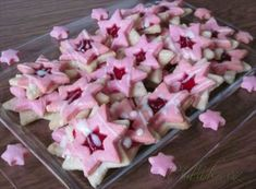 Picture of Recept - Orechovo - malinové hviezdičky Christmas Sweets, Christmas Candy, Christmas Baking, Christmas Cookies, Sweet Desserts, Sweet Recipes, A Food, Food And Drink, Czech Recipes