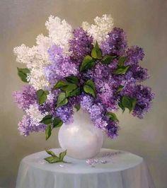 Lilacs, my favorite 😍 Beautiful Flower Arrangements, Floral Arrangements, Lilac Flowers, Beautiful Flowers, Purple Rose, Flower Vases, Flower Art, Watercolor Flowers, Watercolor Art