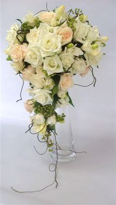 Wedding bouquet #bridal #bouquet  Ivory, cream and peach roses. #summerwedding