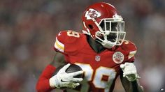 NFL player Husain Abdullah 'gets penalty for praying' - BBC News