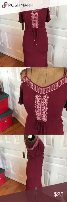 Miami Burgundy Embroidered Maxi Dress Great condition! Cold shoulder top Slit in side Elastic Waist Negotiable price/bundle discount/same day ship Francesca's Collections Dresses Maxi
