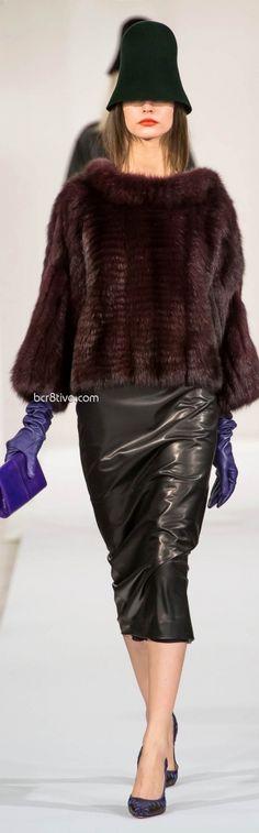 Oscar de la Renta Fall Winter 2013 New York Fashion Week. I want this faux fur jacket! Fur Fashion, Brown Fashion, Runway Fashion, Winter Fashion, Womens Fashion, Winter Trends, Fabulous Furs, Couture Collection, New York Fashion
