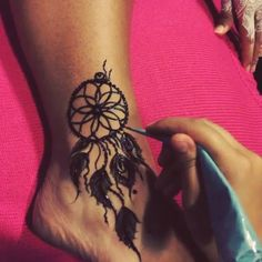 The dream catcher henna art @girly_henna #vegas_nay
