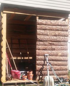 Are you in desperate need of storage space but don't have the budget to buy or build a new shed? Read this tutorial to learn how to build a shed for free.