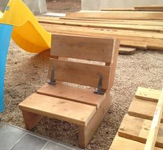 Kids Furniture Made from Pallets | 101 Pallets