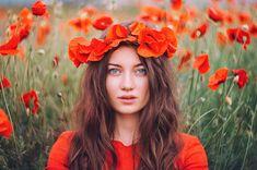 Poppy Photography, Photography Women, Creative Photography, Portrait Photography, Photography Ideas, Creative Photoshoot Ideas, Photoshoot Inspiration, Champs, Senior Portraits Girl