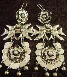 Mexican Taxco silver earrings via ebay.com