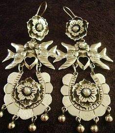 Mexican Taxco silver earrings via ebay.com