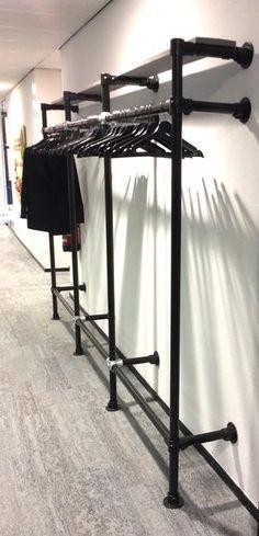 Closet Alternatives, Dressing Room Closet, Diy Clothes Rack, Store Layout, Closet Layout, Master Bedroom Closet, Space Interiors, Floating Shelves Diy, Closet Designs