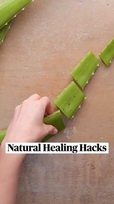 Simple Life Hacks, Useful Life Hacks, Amazing Life Hacks, Health And Beauty Tips, Health Tips, Health Facts, Everyday Hacks, Diy Crafts Hacks, Homemade Skin Care