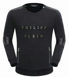 Shop on the Philipp Plein Official Website. Summer Outfits Men, Sport Outfits, Cool Outfits, Philip Plein, Philipp Plein Shoes, Casual Wear For Men, Cool T Shirts, Shirt Style, Men Sweater