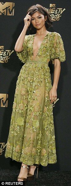 MTV Movie & TV Awards: Red carpet arrivals #dailymail