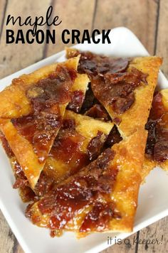 This easy Maple Bacon Crack recipe is addicting! You'l want to make 2 batches! | I It is is a Keeper!