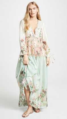 Material: Polyester Silhouette: A-Line Dress Length: Ankle-Length Sleeve Length: Long Sleeve Neckline: V-Neck Closure: Pullover. Indie Mode, Mode Chic, Bohemian Mode, Bohemian Style, Hippie Style, India Fashion, Boho Fashion, Womens Fashion, Japan Fashion