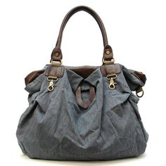 This bag looks handy.