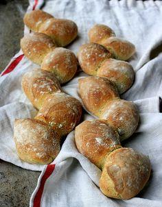 How to Make Epi Bread: Wheat Stalk Bread- Baker Bettie