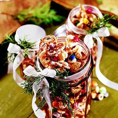 This sweet, no-bake snack mix adds a nice contrast to savory appetizers at a party. Makes great Christmas gifts, too. Christmas Baking Gifts, Homemade Christmas Gifts, Christmas Goodies, Christmas Treats, Christmas Nibbles, Christmas Birthday, Holiday Treats, Holiday Gifts, Chocolate Party