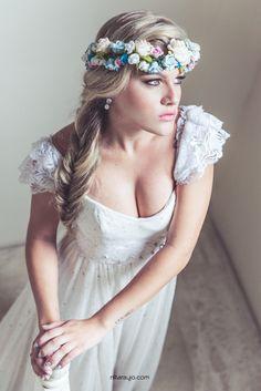 ♥♥♥ Noiva Boho Chic ou Bridal Bohemian Look - www.casareumbarat... Fotografia…
