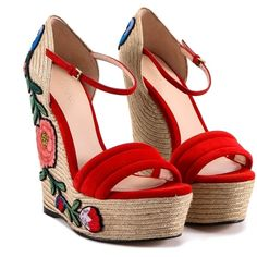 Gucci Embroidered Suede Platform Espadrille Wedges ($600) ❤ liked on Polyvore featuring shoes, sandals, strap sandals, wedge sandals, red wedge shoes, strappy platform sandals and strappy sandals