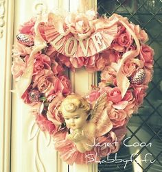 Vintage wreath, so lovely