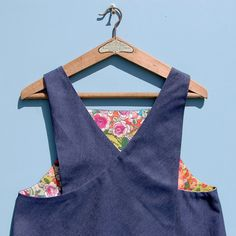 Reversible French denim Japanese style crossover back apron with French floral printed cotton lining by ZUTusine on Etsy