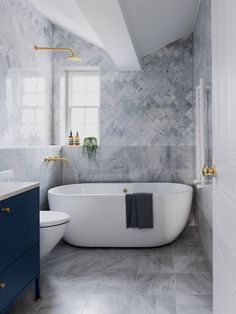 Butterfly house of Biasol - Renovierungsideen - Bathroom Decor Bathroom Layout, Modern Bathroom Design, Bathroom Interior Design, Decor Interior Design, Bathroom Ideas, Bathroom Colors, Garage Bathroom, Bathtub Ideas, Bathroom Designs