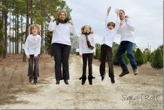 jumping family photography pose