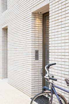 Nieuwbouwhuis met vide en open keuken.  Fotografie: Angeline Dobber | www.angelinedobber.nl  Interieurontwerp: Laura Hindriks | www.laurasadvies.nl