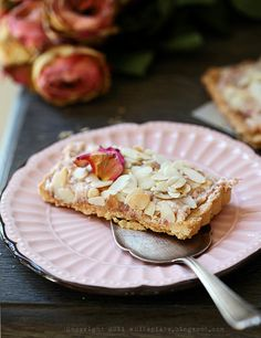 Mazurek with roses and almonds/ Mazurek rozany z migdalami/ whiteplate.blogspot.com  - cannot wait to bake this one