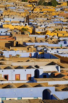 Southern Egypt:The Nubian village of Nagaa Al Hamdelab stretches along the west bank of the Nile over a distance of six kilometers. The village is situated just north of Aswan.- Paul Smit | Mick Palarczyk