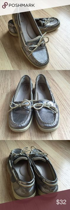 Sperry Top-sider Women's Boat Shoes Sperry's boat shoes. Worn only a few times. Women's size 9. Sperry Top-Sider Shoes Flats & Loafers