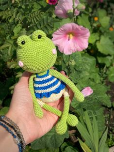 Items similar to Crochet keychain Frog, Cute animal keychain, Bag accessories on Etsy Crochet Frog, Cute Crochet, Crochet For Kids, Crochet Toys, Crochet Keychain, Best Kids Toys, Easy Crochet Patterns, Crochet Animals, Handmade Toys