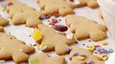Looking for a fun Christmas activity to keep the kids busy? Combine baking and decorating with this Baked Decorations Recipe! Fun Christmas Activities, Christmas Fun, Christmas Decorations, Christmas Recipes, Honey And Cinnamon, Business For Kids, Tray Bakes, Gingerbread Cookies, Real Food Recipes