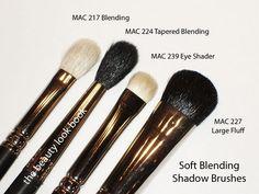 my must have MAC eyeshadow brushes