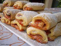 W moim domu już przyjęła się tradycja, że każdego dnia musi być coś słodkiego do kawki ;) A co jest lepsze, niż domowe ciastka, które w doda...