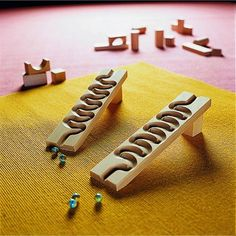 HABA's Winding Set Marble Ball Track Accessory is a great tilt and lean track accessory for marble run sets. Woodworking Toys, Woodworking Projects, Wooden Marble Run, Marble Toys, Marble Games, Marble Tracks, Marble Ball, Making Wooden Toys, Serpentina
