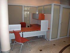 Meble zrobione na zamówienie do biura. Informacje na stronie: http://www.arteam.pl/kolekcje/meble-na-wymiar/