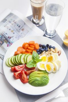 Healthy easy breakfast ideas to lose weight diet food list Healthy Meals For Two, Healthy Drinks, Healthy Snacks, Healthy Eating, Healthy Life, Breakfast Snacks, Easy Healthy Breakfast, Sauce Gorgonzola, Diet Recipes