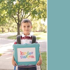 Adorable Back to School Photo Ideas.  I like the picture frame with colored words