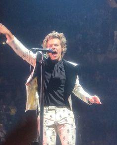 Harry on stage tonight MSG New York, US June 21, 2018