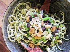 This Rawsome Vegan Life: pumpkin seed & garlic pasta