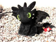 Chibi Toothless by lunarplush.deviantart.com